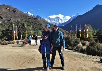 Je kunt de Mount Everest al achter ons zien!