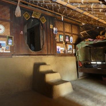 De woonkamer van een hut.